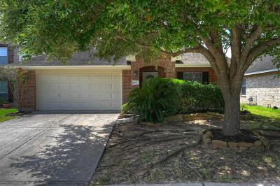 Spring Single Family Home For Sale: 5319 Losoya Court