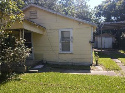 Houston TX Single Family Home For Sale: $120,000