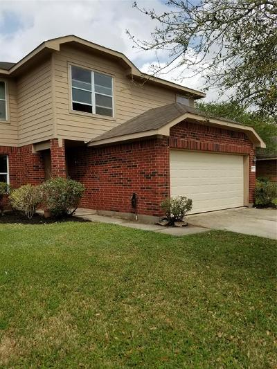 Fort Bend County Single Family Home For Sale: 926 Yorkshire Hollow