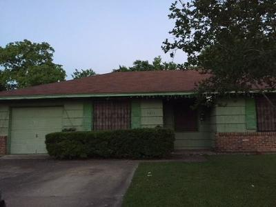 Houston TX Single Family Home For Sale: $69,500