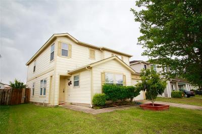 Humble Single Family Home For Sale: 8042 Arrington Forest Lane