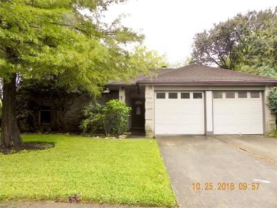 League City Single Family Home For Sale: 2503 Barton Court