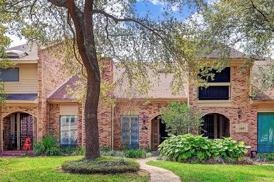 Galveston County, Harris County Condo/Townhouse For Sale: 10105 Valley Forge