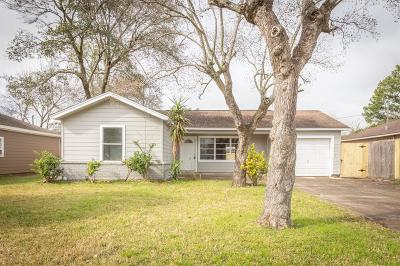 Pasadena Single Family Home For Sale: 1406 Birchwood Drive