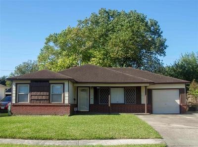 Pasadena Single Family Home For Sale: 2022 Lamar Drive