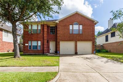 Pearland Single Family Home For Sale: 4526 Stonebridge Drive