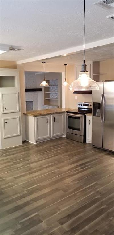 La Porte Single Family Home For Sale: 3115 Fern Rock Drive
