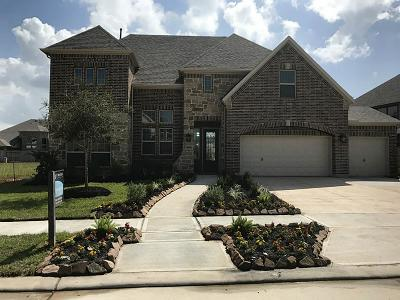 Missouri City Single Family Home For Sale: 10018 Cypress Path