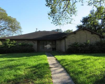 Dickinson Single Family Home For Sale: 4908 Meadow Lane