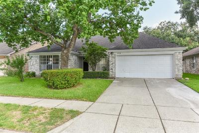 Friendswood Single Family Home For Sale: 4718 Cavern Drive