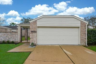 Houston Single Family Home For Sale: 18551 Trail Bend Lane