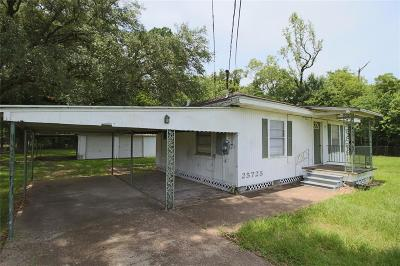 Huffman Single Family Home For Sale: 25725 Fm 2100 Road