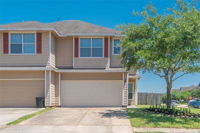 Houston Condo/Townhouse For Sale: 12439 Salama Falls