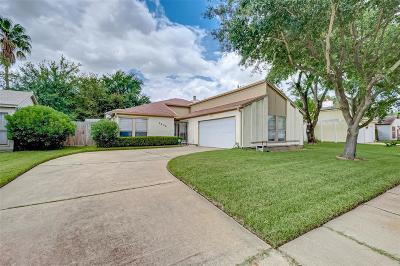 Houston Single Family Home For Sale: 7606 Alcomita Drive