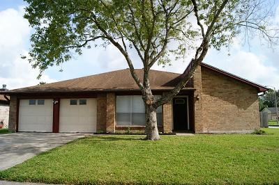 Friendswood Rental For Rent: 16835 Frigate Drive