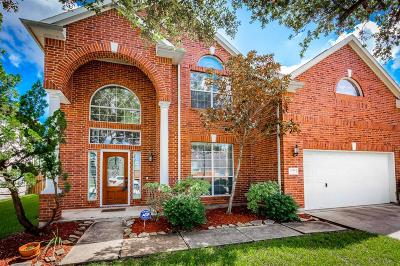 Pearland Single Family Home For Sale: 2731 Lost Maples Drive