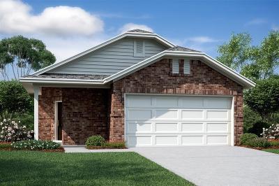 Humble Single Family Home For Sale: 10414 Moraine Lake Drive