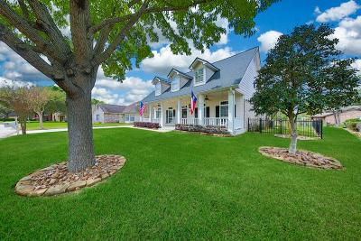 Willis Single Family Home For Sale: 7149 Clearwater Drive