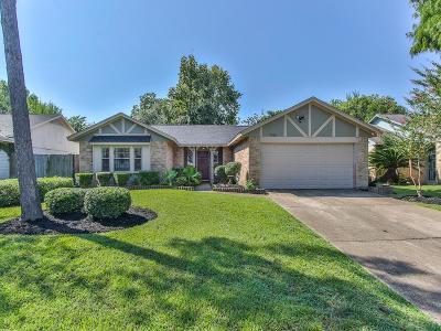 Single Family Home For Sale: 7915 Woodsman Trl