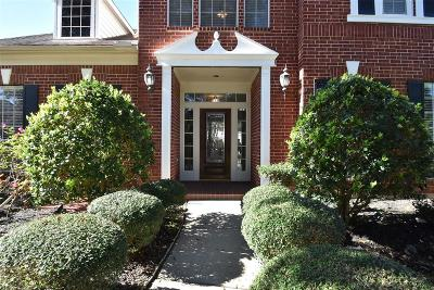 Sugar land Single Family Home For Sale: 2630 Brazos Ridge Drive