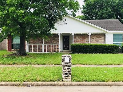 Houston Single Family Home For Sale: 346 Mistywood Drive