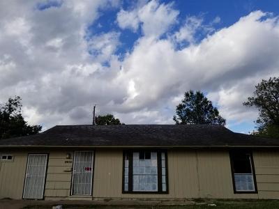 Houston TX Single Family Home For Sale: $99,000