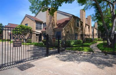 Houston Condo/Townhouse For Sale: 1908 Augusta Drive #5