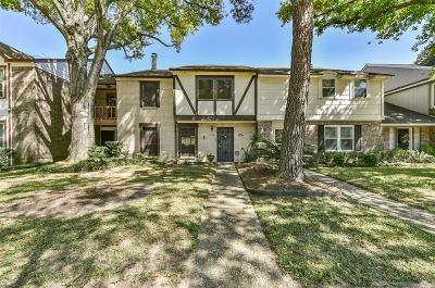 Houston Condo/Townhouse For Sale: 1154 N Kirkwood Road