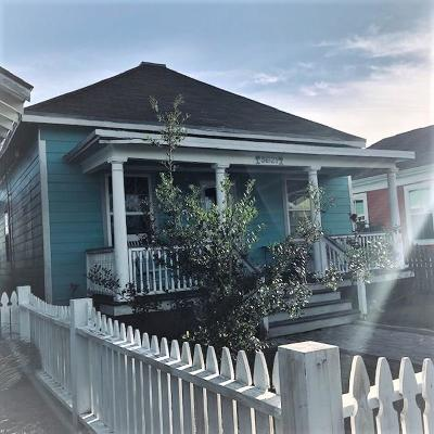 Single Family Home For Sale: 3621 Avenue R