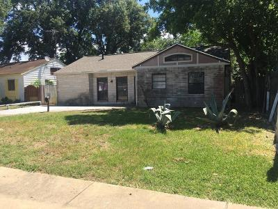 Pasadena Single Family Home For Sale: 207 Bearle Street