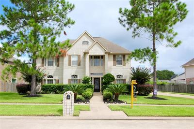 Friendswood Single Family Home For Sale: 2856 Everett Drive