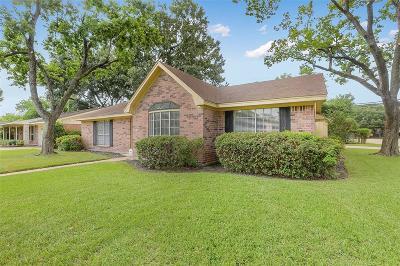 Single Family Home For Sale: 6003 De Milo Drive
