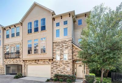 Houston Condo/Townhouse For Sale: 1306 Bobbitt Place Lane