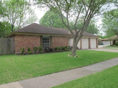 Pearland Single Family Home For Sale: 1618 Pecan Hollow Street