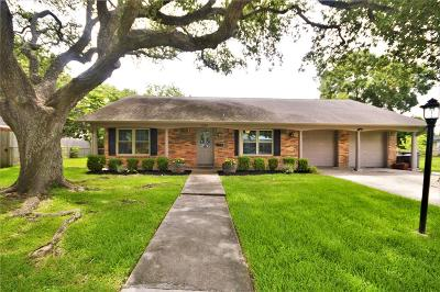 Nassau Bay TX Single Family Home For Sale: $249,500