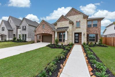 Sienna Plantation Single Family Home For Sale: 2415 Calling Bird Court