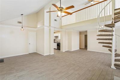 Houston Single Family Home For Sale: 5715 S Magazine Circle