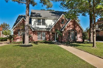 Houston Single Family Home For Sale: 15730 Sweetwater Creek