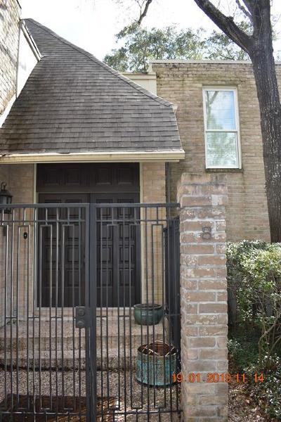 Memorial Condo/Townhouse For Sale: 15571 Memorial Drive #8