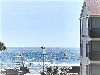 Galveston Condo/Townhouse For Sale: 6300 Seawall Boulevard #3230