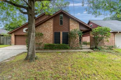 Spring Single Family Home For Sale: 23143 Calico Corners Lane