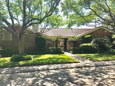 Galveston Single Family Home For Sale: 46 Colony Park Circle