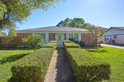 Sugar Land Single Family Home For Sale: 13615 Greenridge Drive