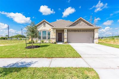 Alvin Single Family Home For Sale: 23118 Bordeaux