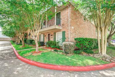 Houston Condo/Townhouse For Sale: 14666 Perthshire Road #A