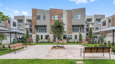 Condo/Townhouse For Sale: 2401 Crawford #D2-B