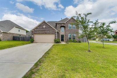 Pearland Single Family Home For Sale: 1605 Holly Court