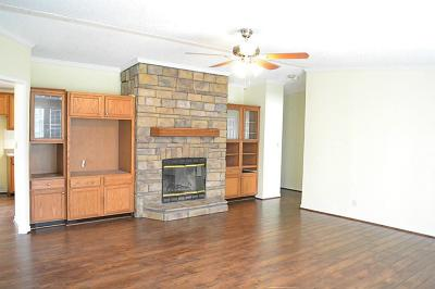 Willis Single Family Home For Sale: 11862 Cedar Court