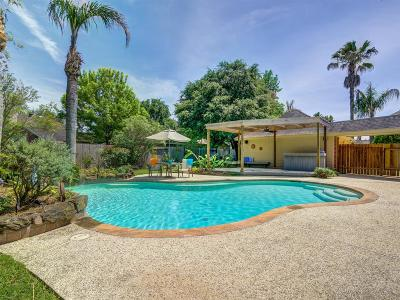 Single Family Home For Sale: 2841 Love Lane