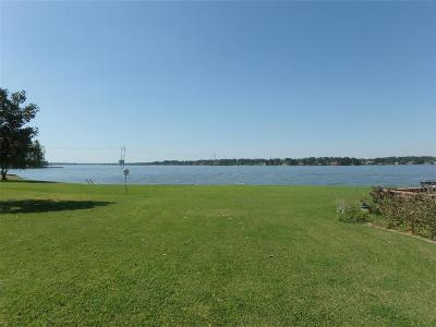 Conroe Condo/Townhouse For Sale: 93 April Point Drive N